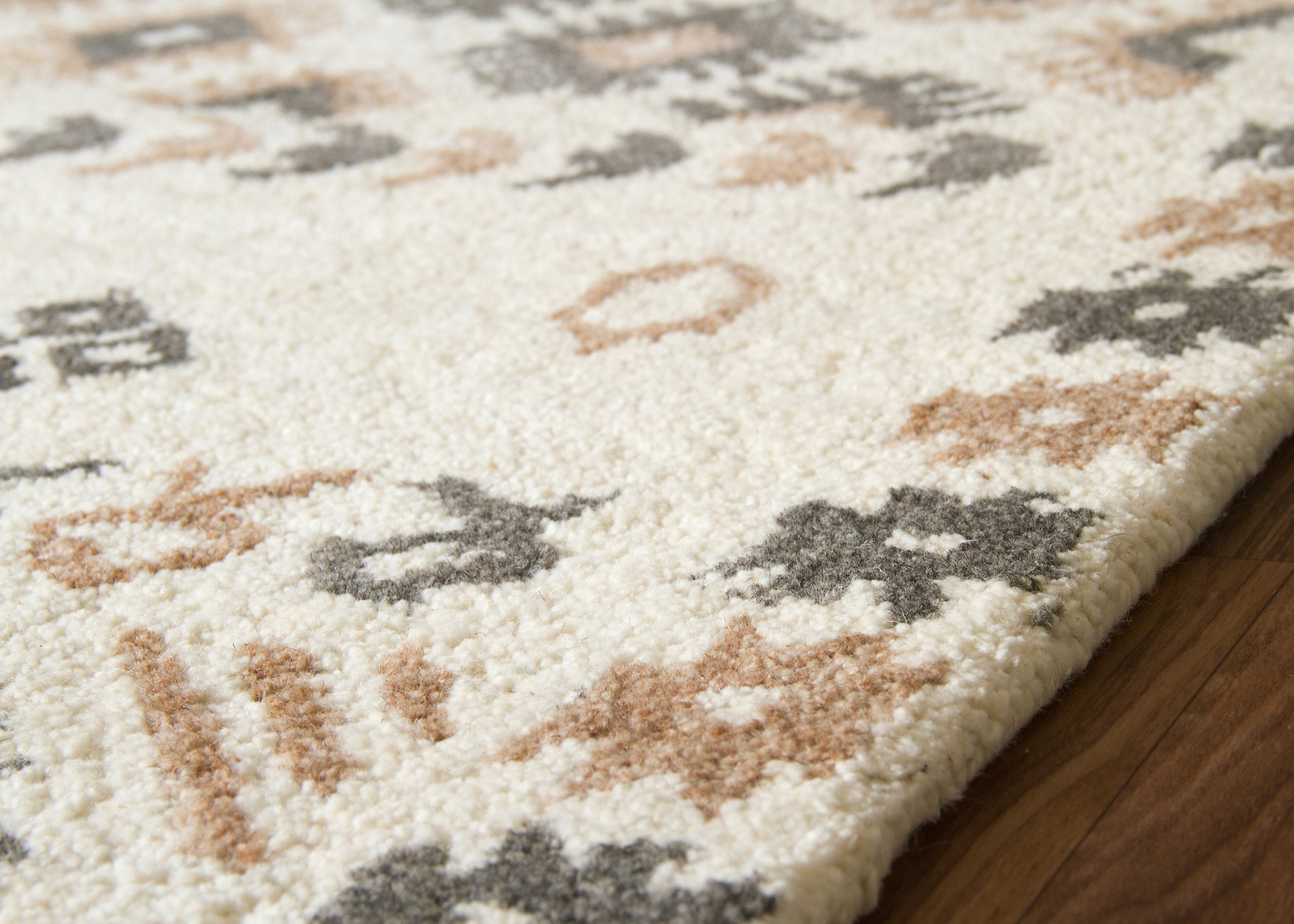 Modern Rug Berber Karratha Border Diamond Mottled