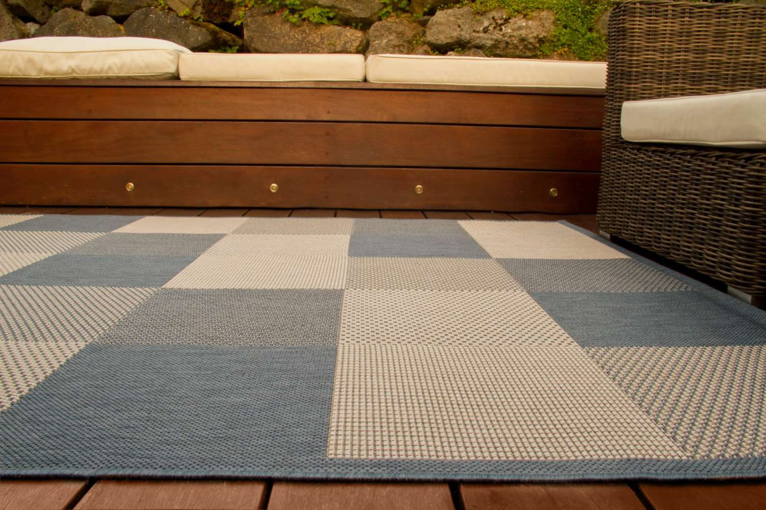 in und outdoor teppich halland design karo global carpet. Black Bedroom Furniture Sets. Home Design Ideas